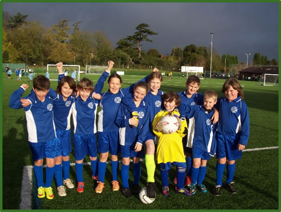 2015-16-Y5-and6-Football-Team